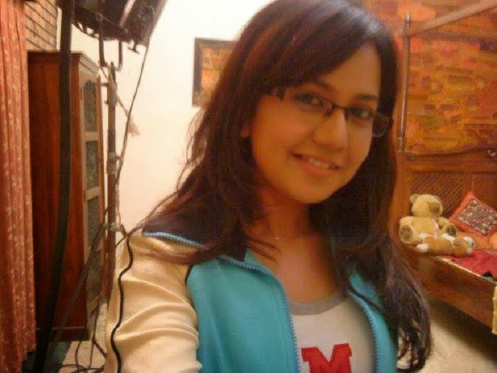 Roopal Tyagi Hd Wallpapers Free Download Photoclip24
